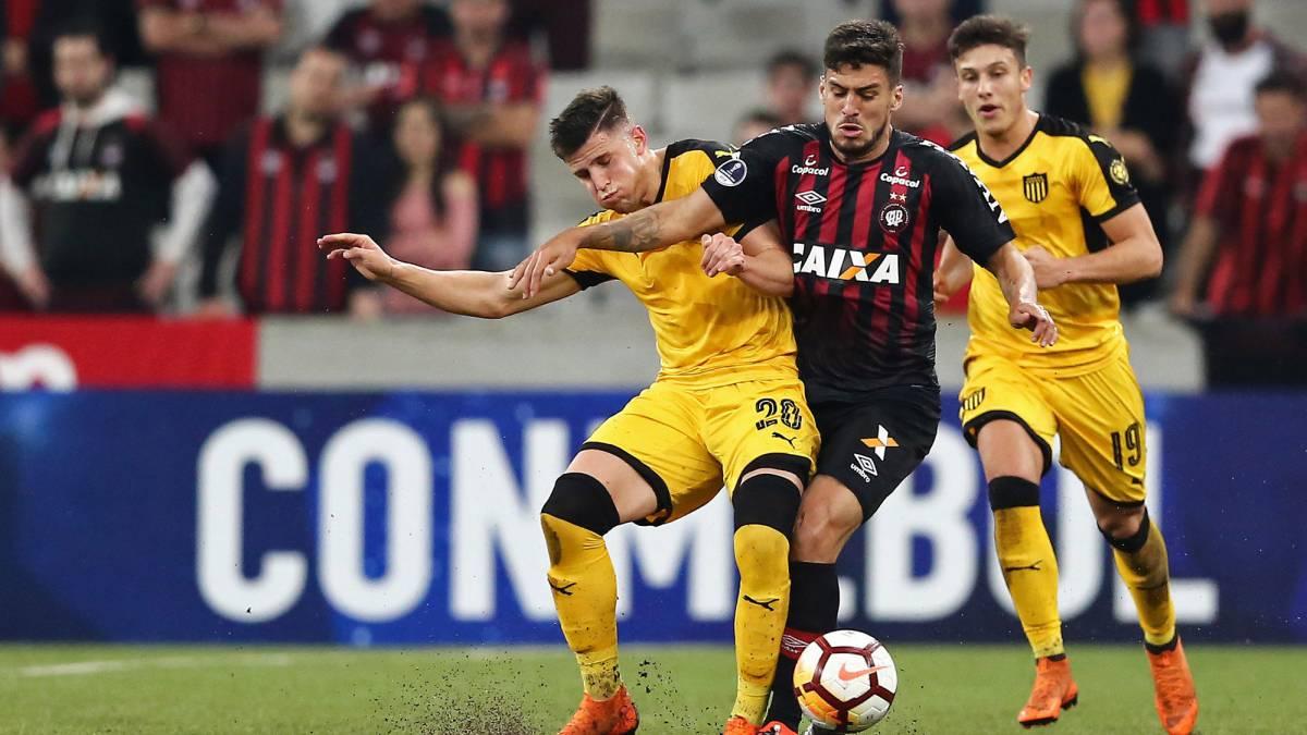 Peñarol vs Athletico Paranaense